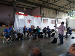 Músicos da Orquestra de Capivari Apresentam no Lar dos Velhinhos de Capivari