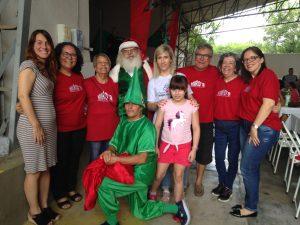 Almoço de Confraternização, familiares, moradores, voluntários e diretores. E a chegada do Papai Noel
