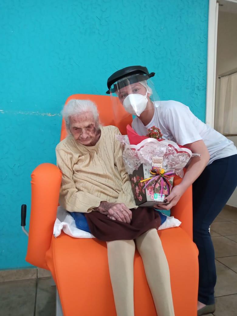 PALMIRA VITTURI GIACOMETTI completou 109 anos