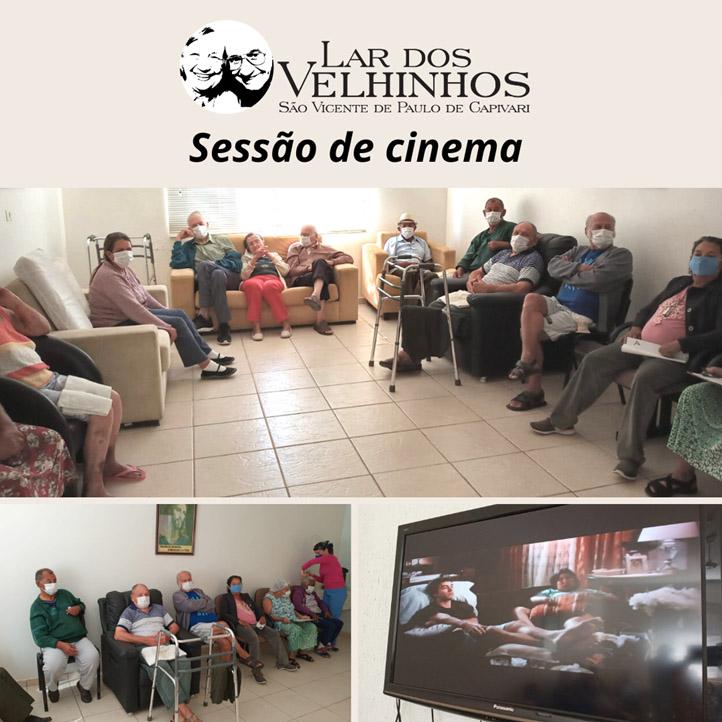 Sessão Cinema anima manhã dos moradores do Lar dos Velhinhos de Capivari